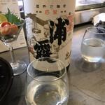 うにと牡蠣と日本酒と 鮨遊成 - 浦霞も飲み放題