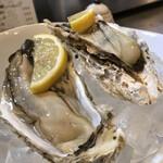 うにと牡蠣と日本酒と 鮨遊成 - 岩手の生牡蠣