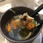 うにと牡蠣と日本酒と 鮨遊成 - これぞいちご煮、うにとあわびの風味が最高です♪