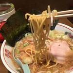 東京屋台らーめん 翔竜 - 麺