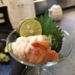 うにと牡蠣と日本酒と 鮨遊成 - 赤貝と白子