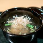 炭火割烹 いふき - 毛蟹の蓮根まんじゅう、 じゅん菜、 茗荷