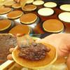 菓匠 かわもと - 料理写真:地の塩梅も絶妙!美味しく焼きあがりました。 定番のどらやき \160(税込)