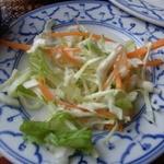 アジアンキッチン サワディー - セットのサラダ