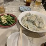 台北 餃子専門店 - 料理写真: