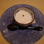 Yakinikubantejuuban - 真っ白。でも、コーヒー味。めちゃ美味