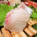 下北沢 鯛家 - 刺身6点盛り、真鯛
