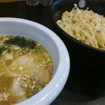 ひるがお 駒沢本店 - 塩ワンタンつけ麺