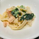 ナポリの食堂 アルバータ アルバータ - 少しずつ取り分けて…
