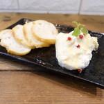 恋酒場 - 絶品!なめらかチーズ豆腐