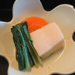 お食事処 若林 - 高野豆腐煮しめ