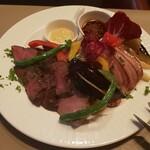 Bistro Ginsai - 贅沢肉盛り合わせ