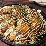 広島風お好み焼 鉄板焼き 花火 - 肉玉(イカ天トッピング)