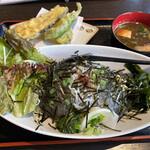 鎌倉おでん波平 - しらす三色丼