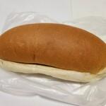 141277472 - あんバター(170円)です。