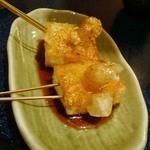 せいちゃん - 餅。みたらし団子風に食べる。もっと食いたくある。アイデア料理やね。