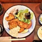 お食事処 柳月亭 - 料理写真:チキンかつ定食(タルタルソース)