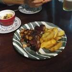 ALE HOUSE 加美屋 - エゾシカ肉ロースステーキ