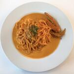 アズーリ - 料理写真:渡り蟹のトマトクリーム(トマトの生パスタへ変更)