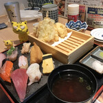 Sushisakesakanasugitama - 天麩羅・寿司定食(並)  1,090円(税別)