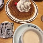コメダ珈琲店 - ミルクコーヒー440円&シロノワール650円