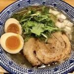 141307936 - 「マグロ節の中華そば 味玉入り」(900円)