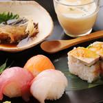 稲月 - 3000円コース お寿司