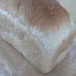 天然酵母のパン イーサタケ - 米粉パン