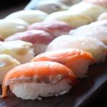 しゃぶしゃぶ 寿司食べ放題 露菴 - 全てのコースに寿司食べ放題付き