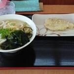たも屋 - 料理写真:かけ(小)+とり天  380円