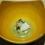 鮨 一 - 蝦夷鮑の煮鮑