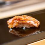 鮨 一 - カマトロの炙り
