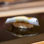 鮨 一 - 天草の小肌 芝海老のおぼろ