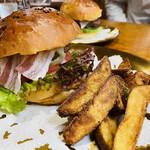 米沢ステーキ&ビストロ 飛行船 - 米沢市ハンバーガー 1,800円