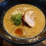 みのる製麺 - 料理写真:鶏濃厚らーめん