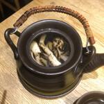 きのこの里 - 日本酒 炙りまいたけ酒(熱燗)の中身