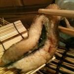 魚菜 由良 - 鮎香草焼き しその葉挟み