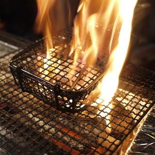 炭焼きと釜めしが自慢の「炭焼と釜飯さかぐち」。