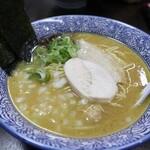 鶏革命 - 濃厚醤油鶏そば(700円)