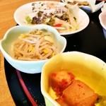 成田屋 - 定食のおかずいろいろ