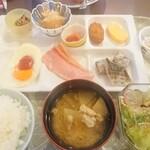 かごしま空港ホテル - 料理写真:朝食バイキング例