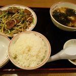 飲茶 居酒屋 香港亭 - レバニラ定食(夜の定食)