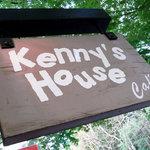 ケニーズハウスカフェ - 看板