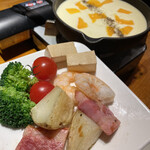 ピカピカアミーゴ - チーズフォンデュ¥1,280(税抜)