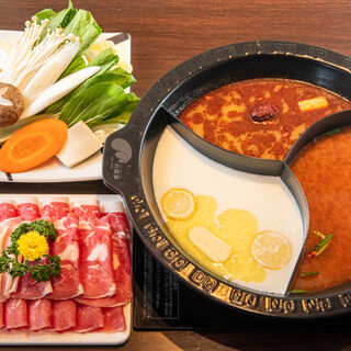 身体の芯からポカポカ♪6種のスープから選べるお鍋をどうぞ!