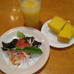 ゼンゼロ - プランゾセット サラダ、朝焼き立てフォカッチャ、ドリンク