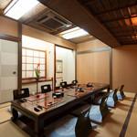 割烹もち月 一味庵 - 居心地の良い広々とした個室。様々な個室をご用意しております。