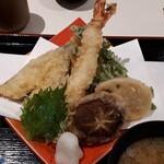横濱屋本舗食堂 - 料理写真:天ぷら
