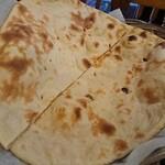 マルハバ - ・Tandoori Roti 250円