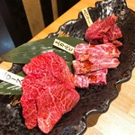 高麗園 - 赤身三種盛り(2980円+税)